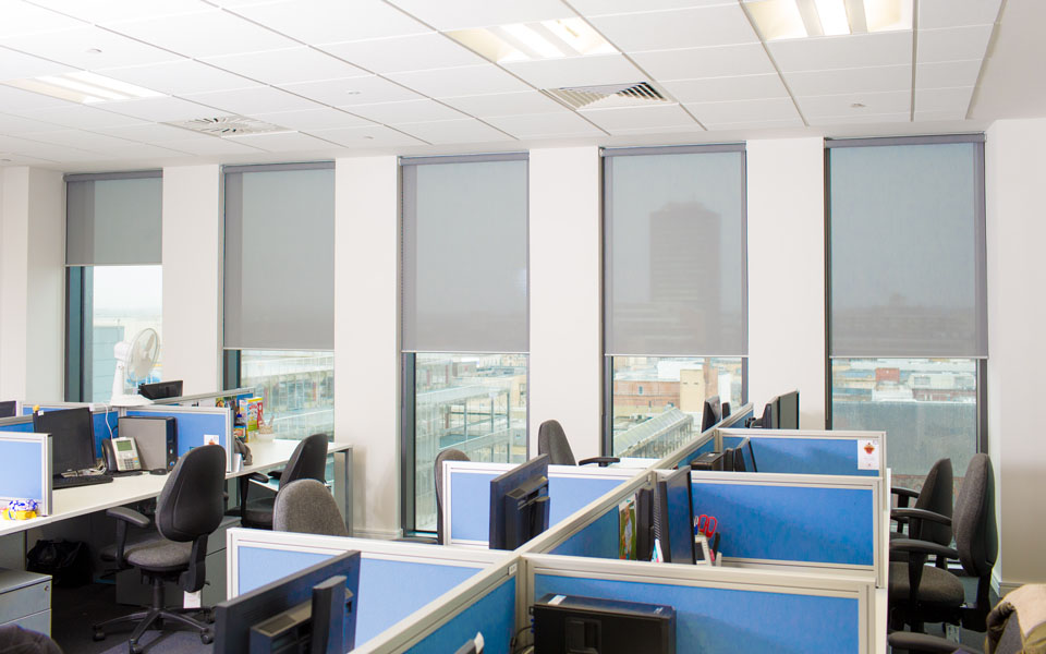 Dubai S Best Office Roller Blinds Supplier At Cheap Rates